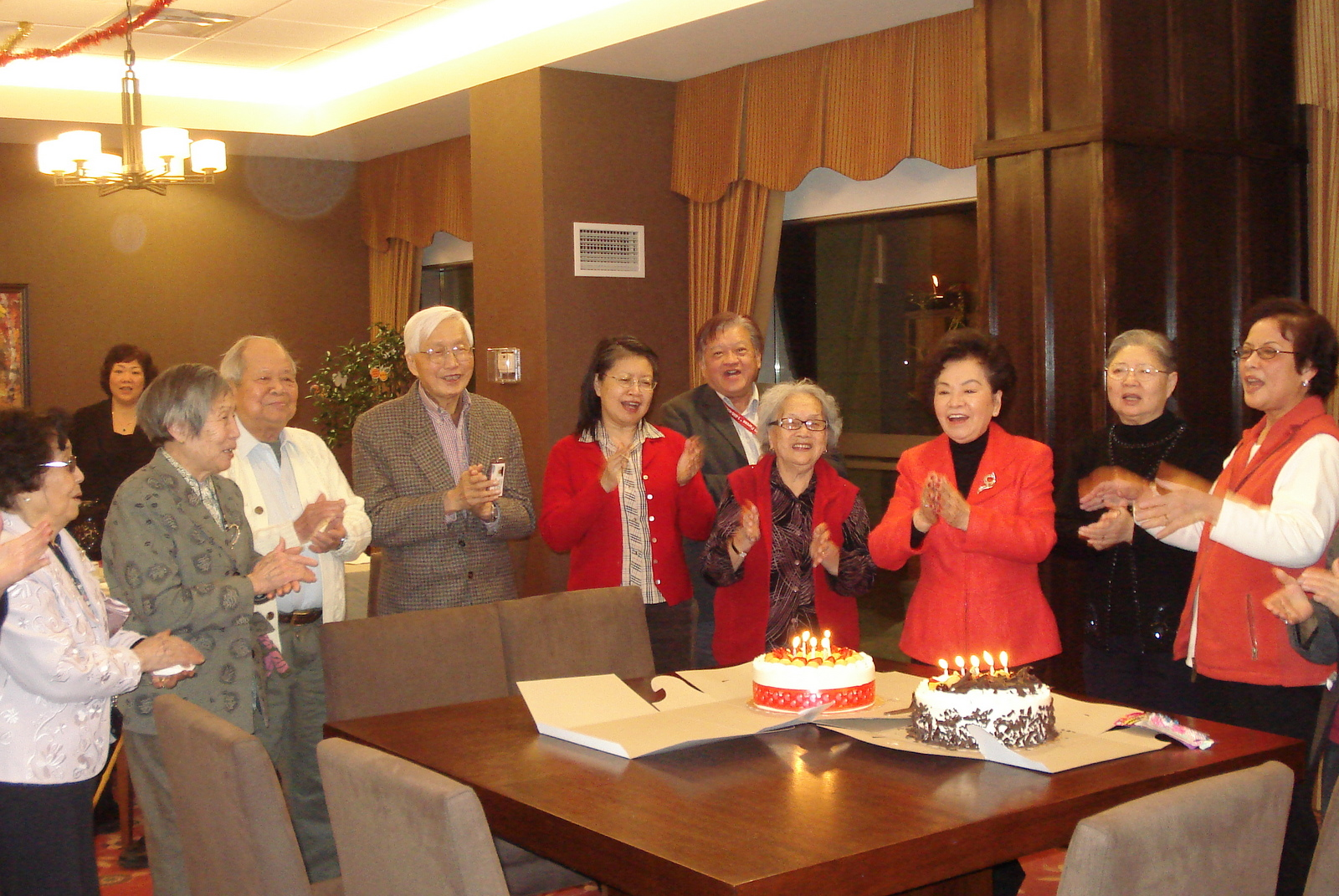 Mon Sheong Court residents celebrate birthday together