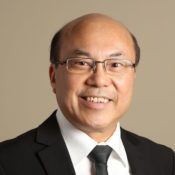 Dennis Au-Yeung R